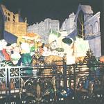 Contemporary sculpture commemorating market people