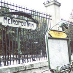 Tuileries-Old Metro entrance